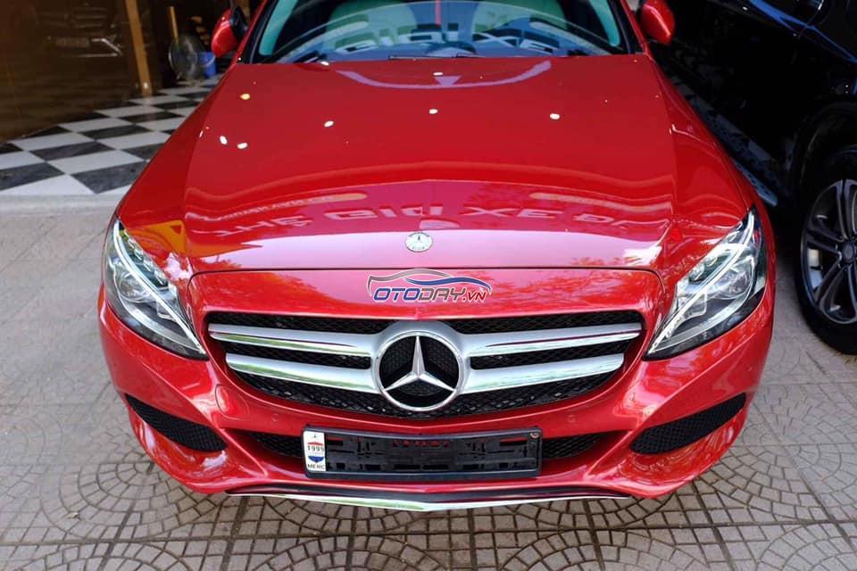 Bán Mercedes C200 2016 màu đỏ obd hơn 3 vạn