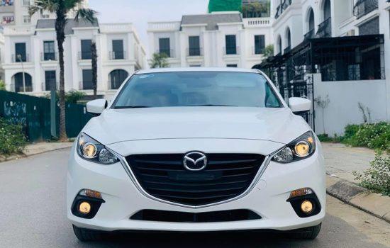 Mazda3 1.5AT sản xuất 2015.