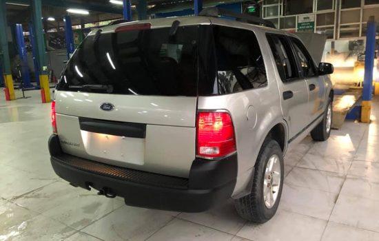 Ford Explorer 7 chỗ 2 cầu số tự động nhập mỹ 2007