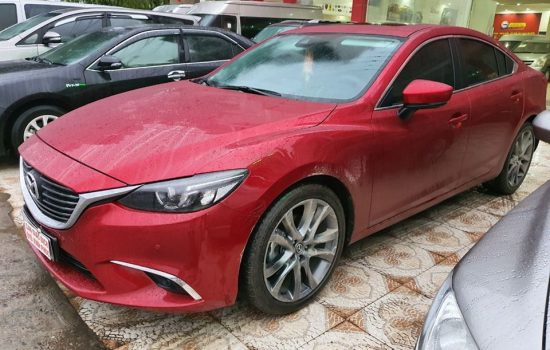Mazda 6 sản xuất 2018 sedan số tự động bản 2.0L Premium xe siêu mới