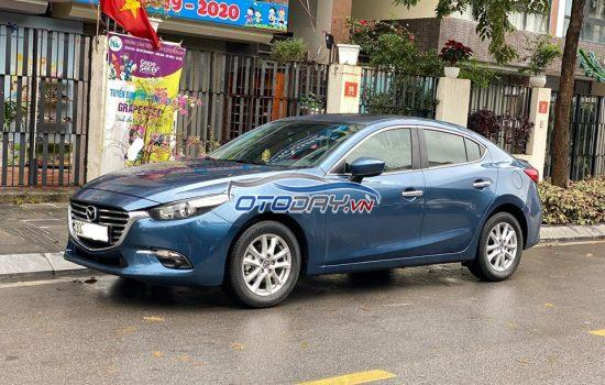 Mazda 3 1.5 2017 phanh điện tử.