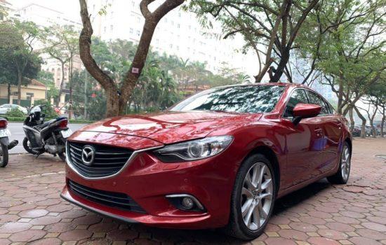 Mazda 6 sản xuất 2018 sedan số tự động bản 2.0L Premium