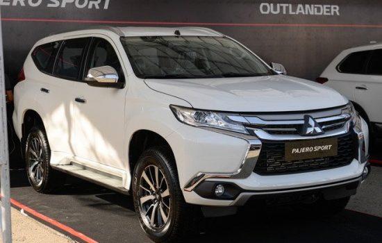 Giá xe Mitsubishi Pajero Sport tại đại lý giảm tới 200 triệu đồng, dọn kho đón xe mới