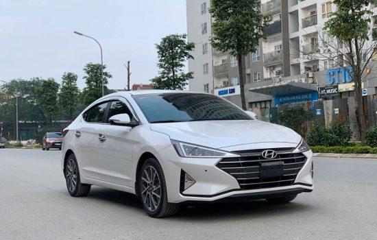 Elantra bản 2.0 Premium 2019 model 2020