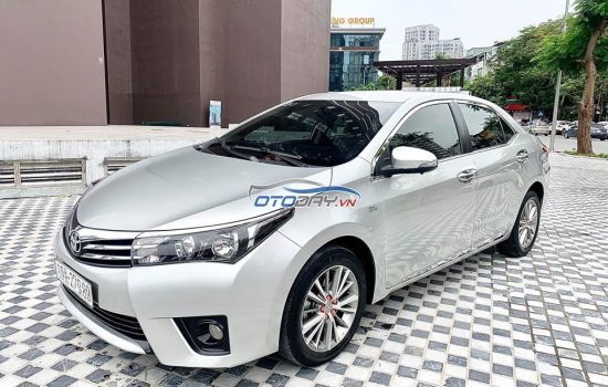 Toyota Altis 1.8G bản full sản xuất cuối 2016 cực mới