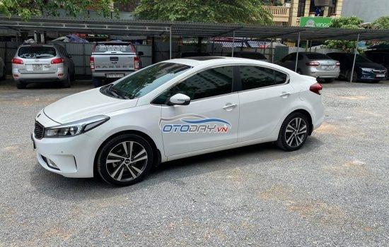 Kia cerato 1.6 AT singtaure sx 10/2018 trắng tinh khôi