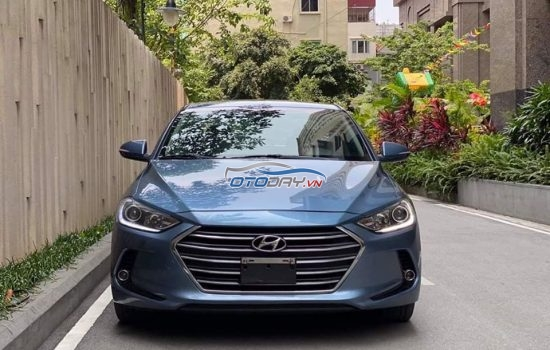 Hyundai Elantra 1.6 GLS AT 2016