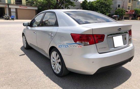 Kia Forte SLI 1.6 AT đời 2009, màu Bạc, nhập khẩu nguyên chiếc.