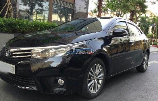 Bán xe Toyota  Corolla Altis , màu đen, AT 1.8, năm 2016