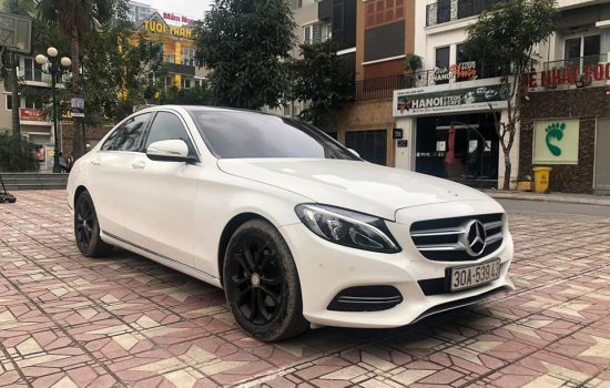 Mercedes_Benz_C200_AMG 2015