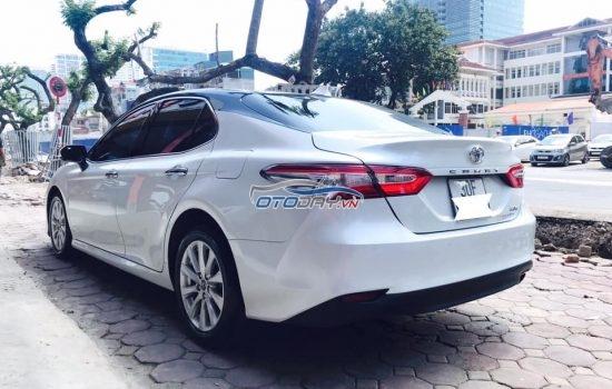Bán xe Toyota Camry 2.0G sx 2019 đki T7 2019, tên cá nhân, nhập khẩu Thái Lan