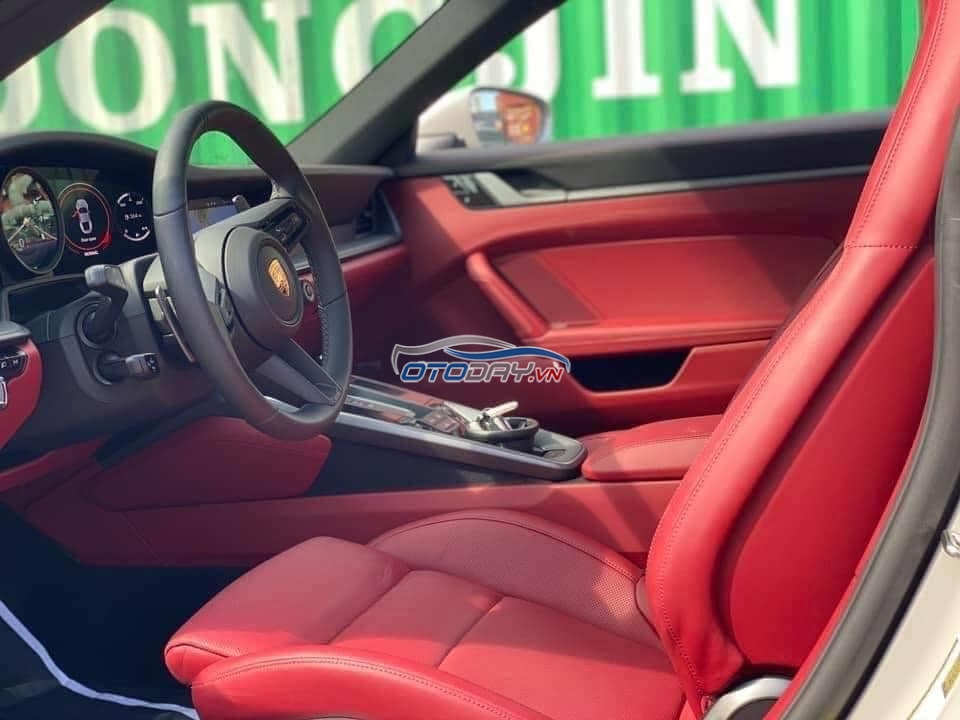 Porsche 911 Carrera S 2021