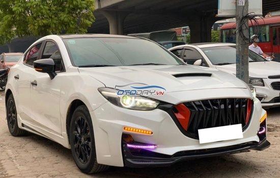 Mazda 3 màu trắng sản xuất 2017 fl
