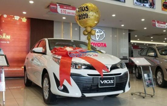 Toyota Vios 2020 giảm giá sốc, hỗ trợ trả góp 90%