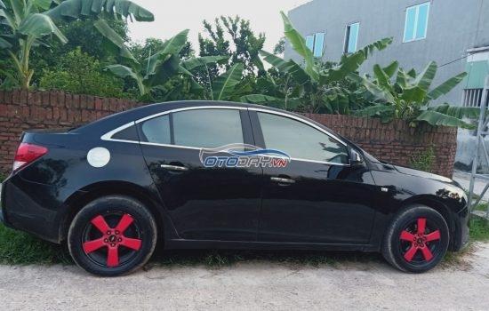Chính chủ cần bán Chevrolet Cruze sản xuất 2012