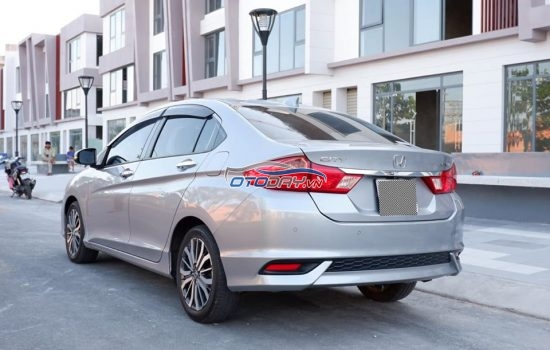 Honda city 1.5 AT sx2015