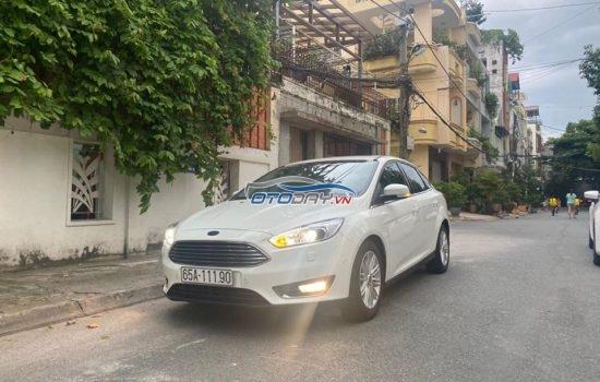 Ford Focus_2016_Titanium