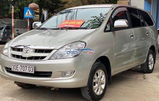 Toyota innova sản xuất 2010